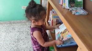 "New reader at the Riecken Community Library ""Public Library Riecken"" of  ""El Guante"" (Honduras)"
